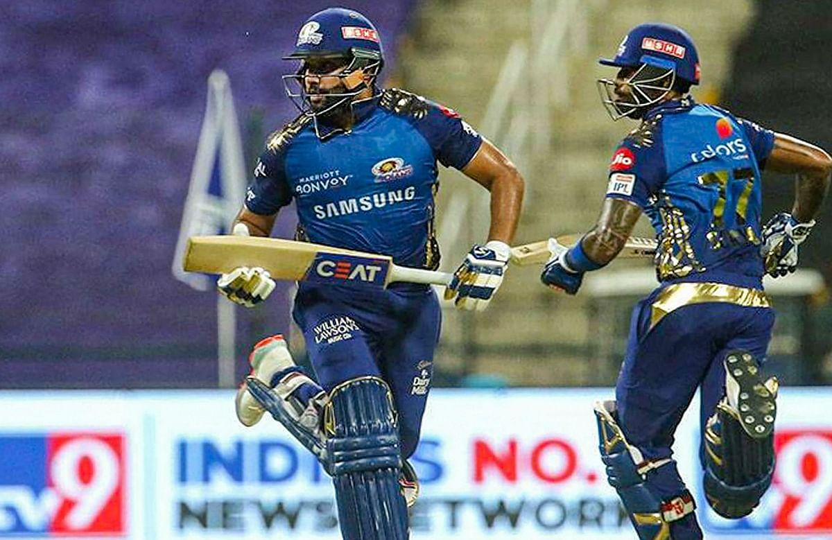 IPL 2020, KXIP vs MI Today's Match : मुंबई को चौथा झटका, रोहित शर्मा अर्धशतक बनाकर आउट, स्कोर 135/4