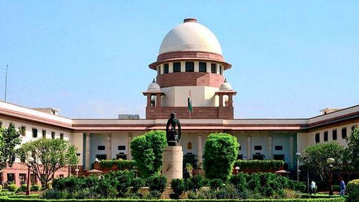 बलात्कार मामला : चिन्मयानंद को नहीं मिलेगा महिला के बयान की प्रति, सुप्रीम कोर्ट ने हाईकोर्ट के आदेश को किया निरस्त
