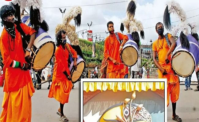 Shardiya Navratri 2020: दुर्गा पूजा पंडालों में महिला ढाकियों ने बनायी अलग पहचान, जानें क्या है इनकी खासियत ...