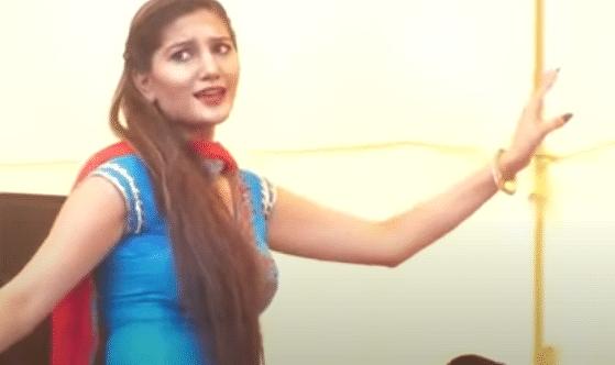 सपना चौधरी ने इस गाने पर किया गरदा डांस, देखें देसी क्वीन का स्टेज पर आग लगा देने VIDEO