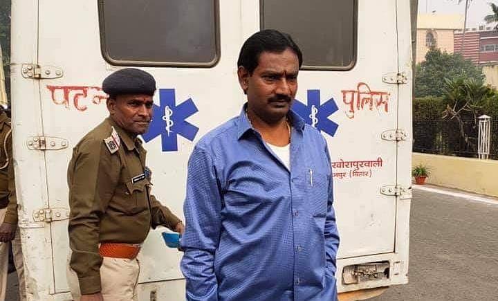 Bihar Election News : कभी बेटी मीसा को जिताने के लिए इस 'बाहुबली' के घर गए थे लालू, अब राजद ने दिया टिकट !