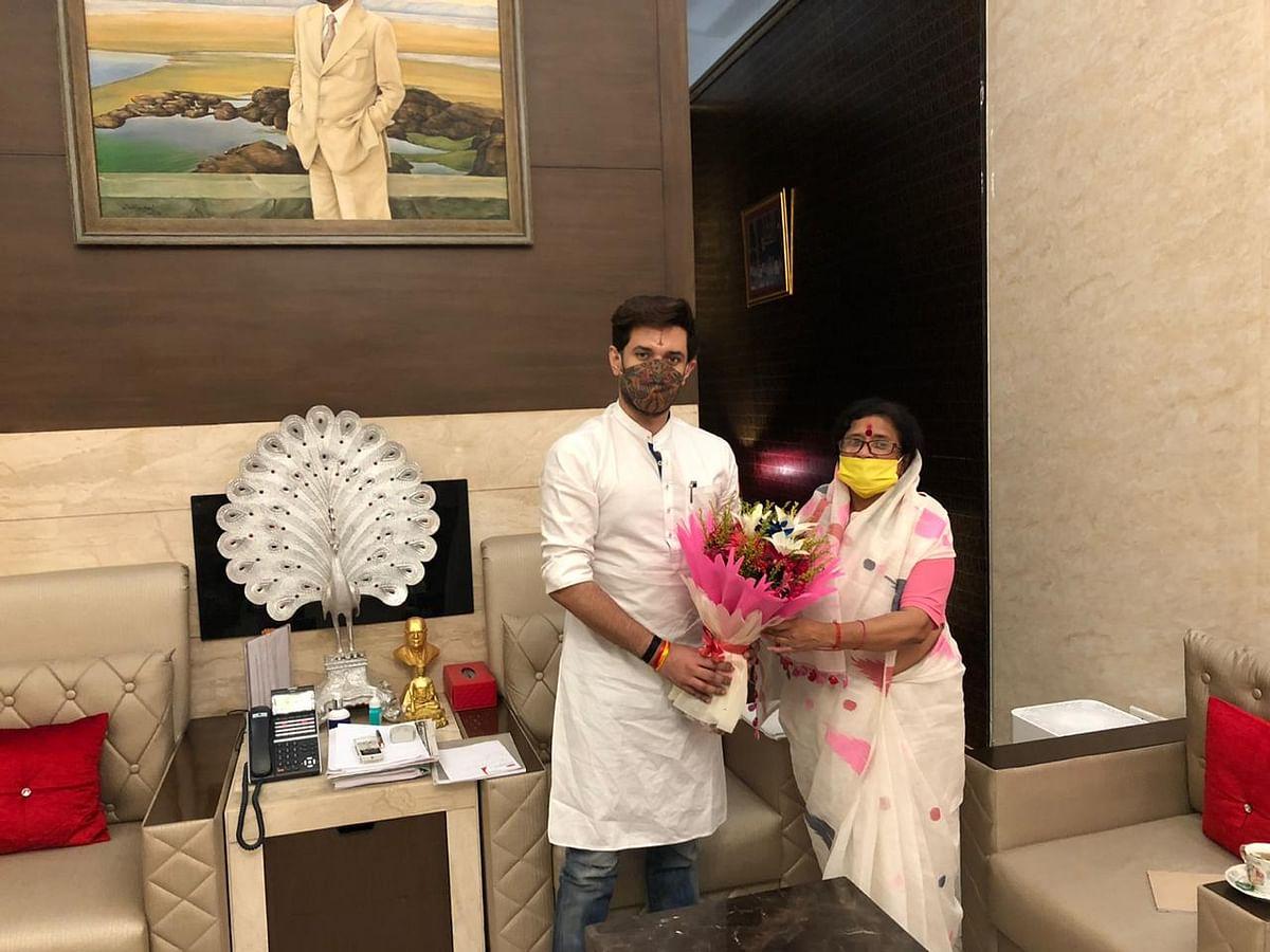 Bihar Election 2020, Live Updates : पूर्व डीजीपी गुप्तेश्वर पांडेय का चुनाव लड़ने से इनकार, बोले- मैं पूरी तरह NDA के साथ