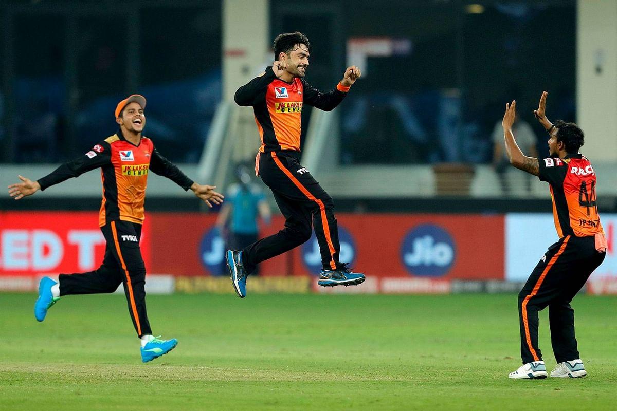 IPL 2020, SRH vs KXIP : हैदराबाद की धमाकेदार जीत, शर्मनाक हार के बाद प्लेऑफ की दौड़ में पिछड़ा पंजाब