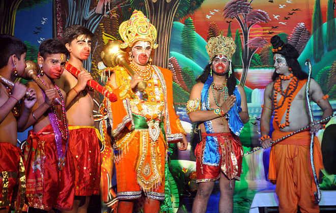 कोरोना वायरस बना रावण, इस बार दिल्ली में रामलीला पर ग्रहण