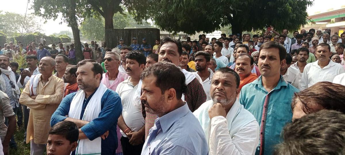 Bihar Election 2020, Live Update: शिवहर  हत्याकांड को तेजस्वी यादव ने कहा निंदनीय, राज्य सरकार पर भी लगाए आरोप