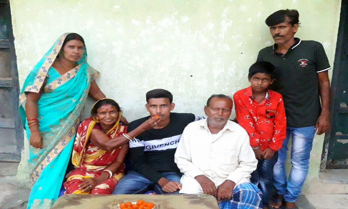 मजदूर का बेटा अमन बनेगा डॉक्टर, नीट परीक्षा में मिली सफलता