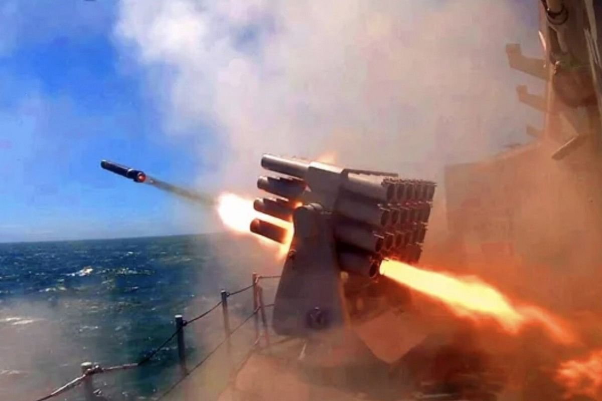 India China Faceoff: चीन के साथ जारी तनाव के बीच जल्द ही भारत को S-400 मिसाइल देगा रूस