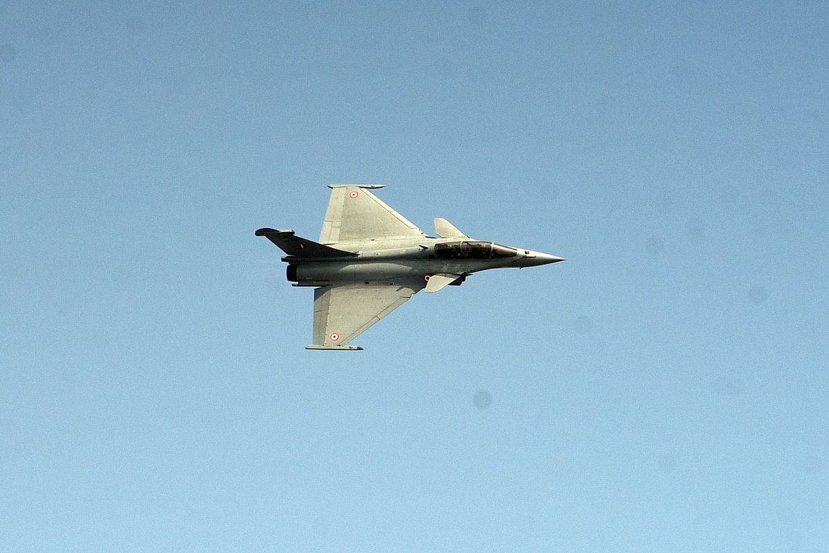 जानें कैसे मनाया गया 88 वां वायुसेना स्थापना दिवस, तस्वीरों में देखें अद्भुत नजारे