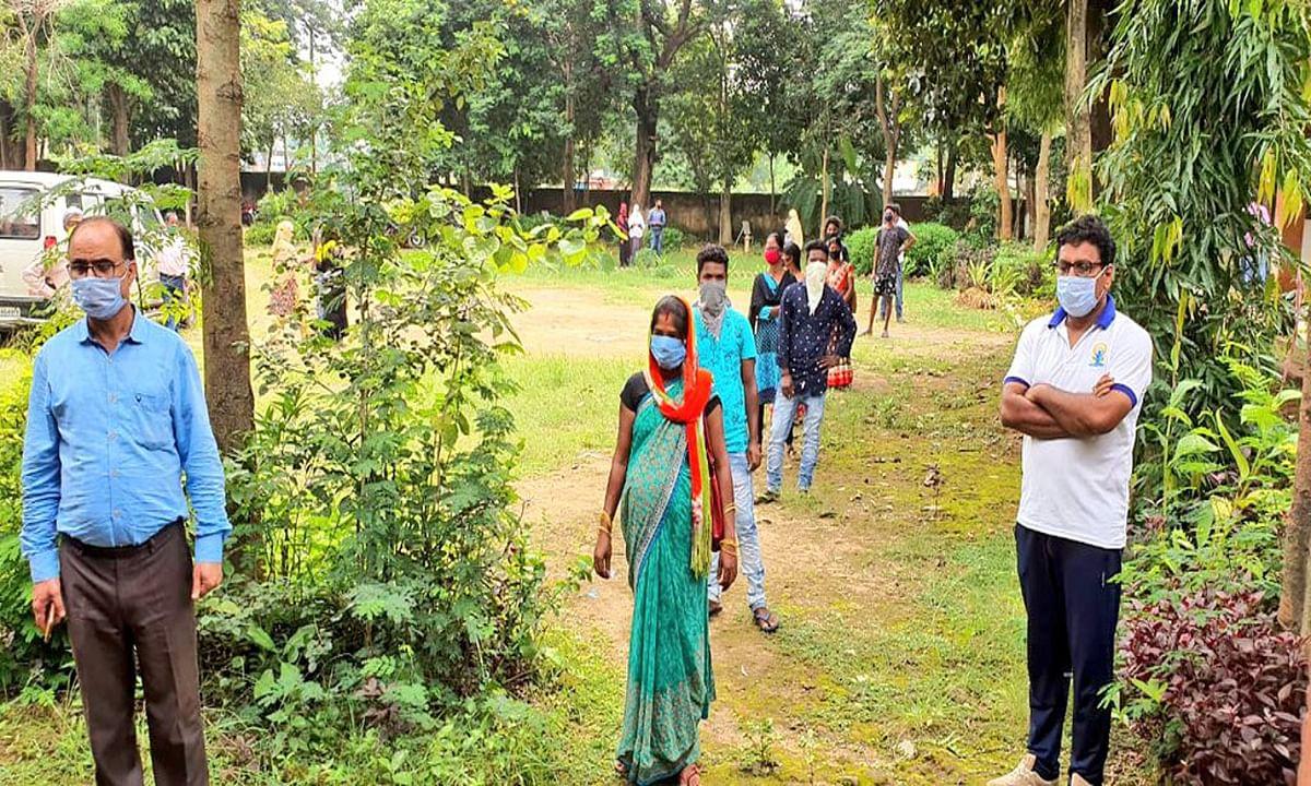 झारखंड में 1284 लोगों ने एक दिन में कोरोना को दी मात, रिकवरी रेट 87 फीसदी से अधिक