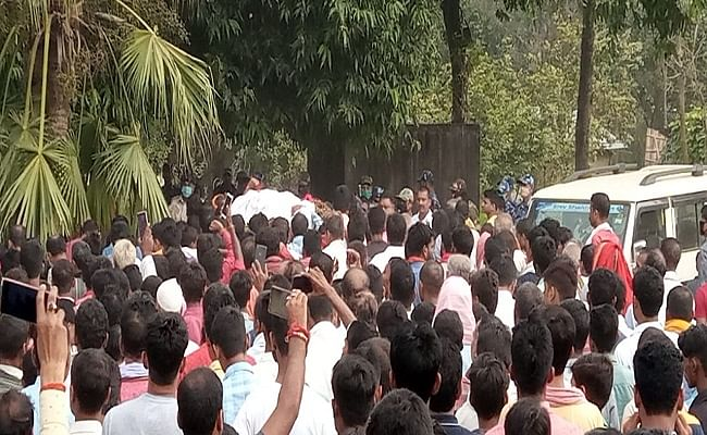 Bihar Chunav 2020: शिवहर के प्रत्याशी नारायण सिंह का शव लाया गया पैतृक गांव, पसरा  मातम का माहौल