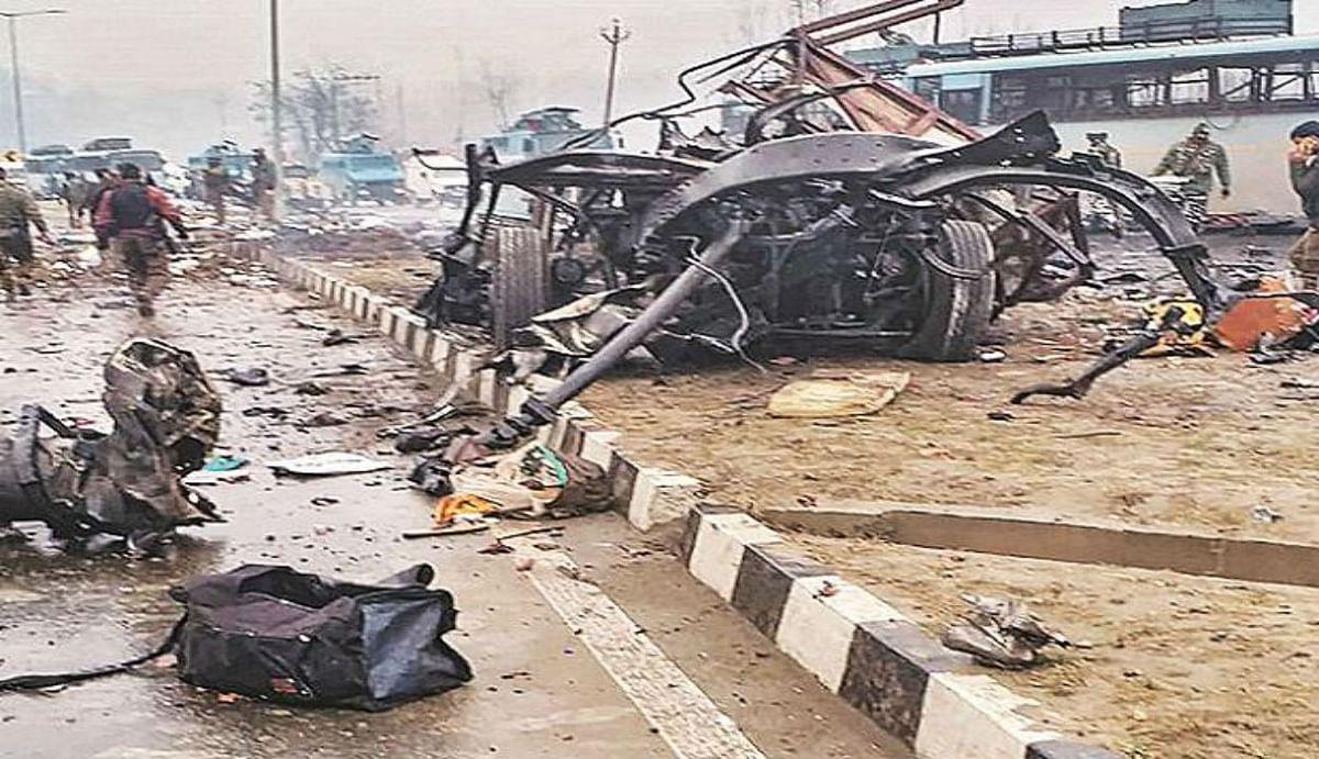 Pulwama terror attack 2nd anniversary : कश्मीर में हाईवे पर 14 फरवरी 2019 के पुलवामा आतंकी हमले जैसी रची गई साजिश, सुरक्षा एजेंसियों ने खोली पोल
