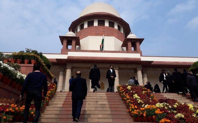कमलनाथ ने चुनाव आयोग के फैसले के खिलाफ खटखटाया सुप्रीम कोर्ट का दरवाजा