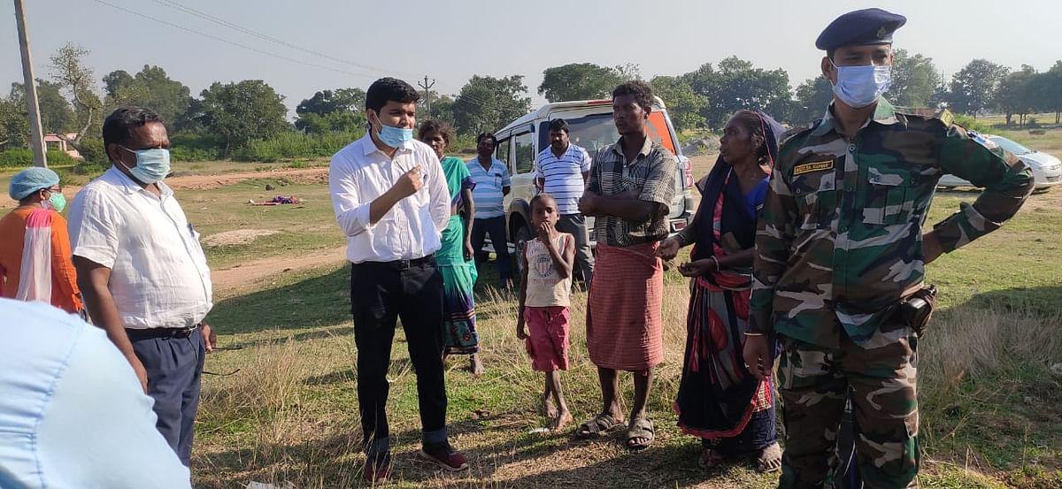 झारखंड में लुप्तप्राय आदिम जनजाति बिरहोर महिला व बच्चे की मौत के बाद जागा प्रशासन, एसडीओ ने सिविल सर्जन को क्यों लगायी फटकार