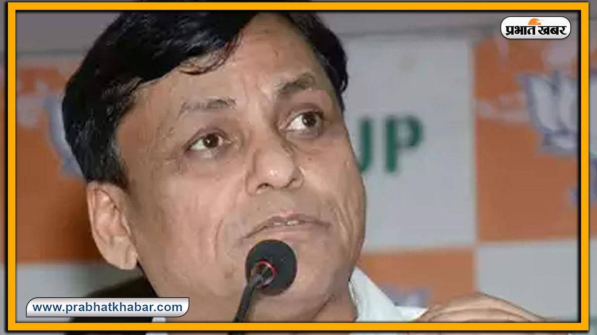 Bihar Election 2020 : Chirag के तेवर का असर ! भरे मंच से रक्षा मंत्र का जाप करने लगे Amit Shah के जूनियर मंत्री