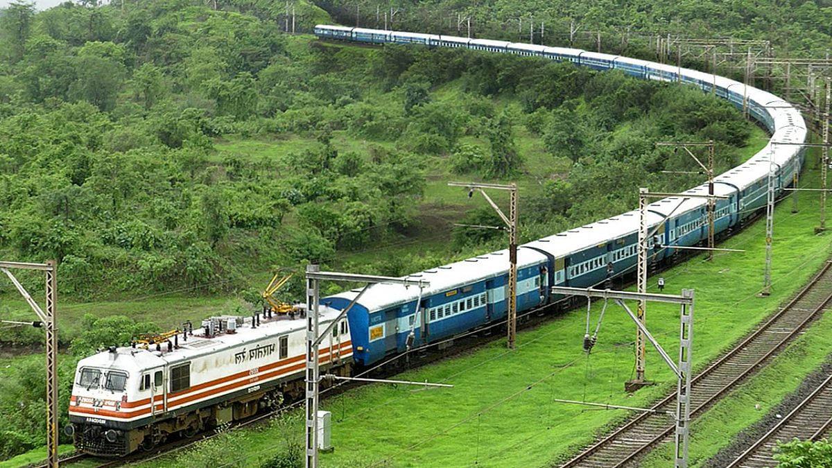 IRCTC/Indian Railways News: माता वैष्णो देवी जाने के लिए चलेगी स्पेशल ट्रेन, आज से शुरू हो रही बुकिंग, जानिये कब से चलेगी ट्रेन