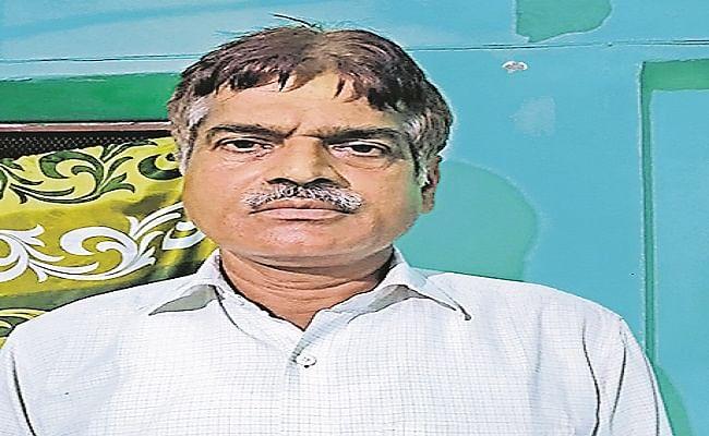Bihar News: बिहार के शिक्षक का फर्राटेदार अंग्रेजी कमेंट्री करता वीडियो हुआ वायरल, आकाश चोपड़ा ने भी किया शेयर, देखें वीडियो