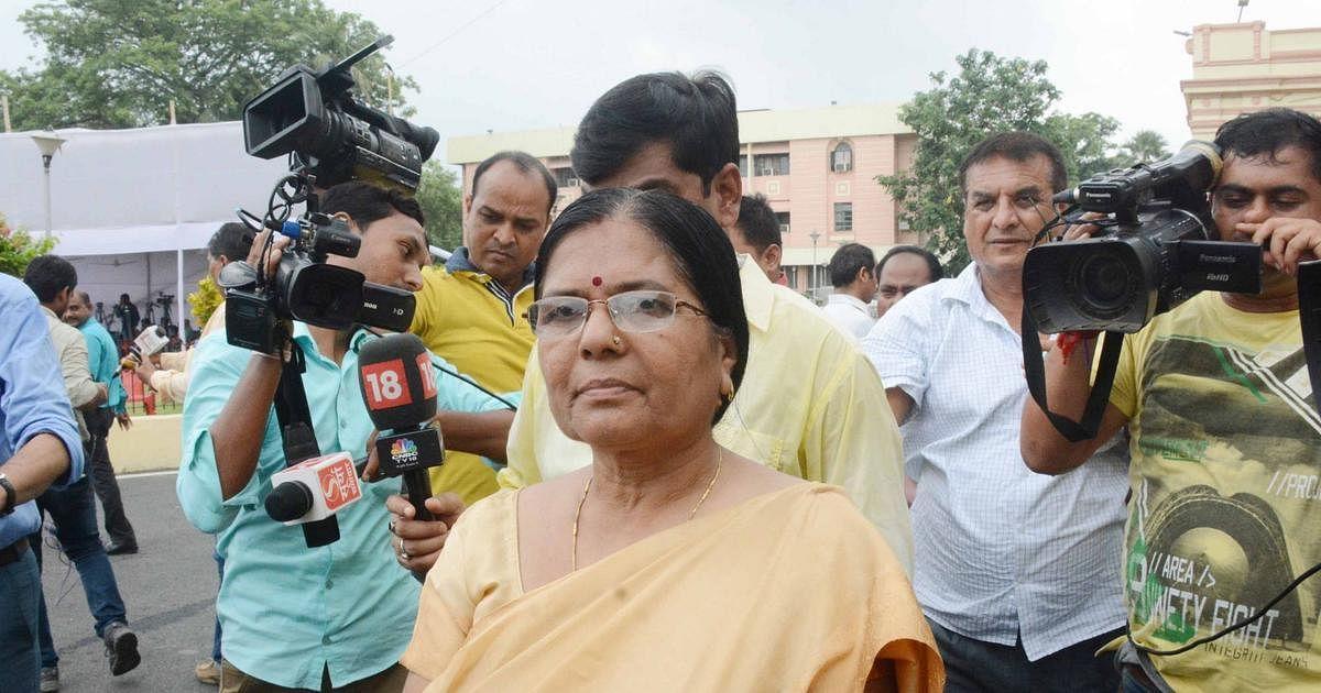 Bihar Chunav : चेरिया बरियारपुर में त्रिकोणीय मुकाबले में फंसीं मंजू वर्मा, जानें क्या है इस बार का समीकरण