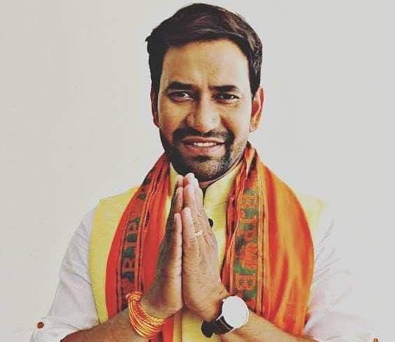 Bihar Vidhan Sabha Election 2020 LIVE Update : बिहार के चुनावी घमासान में अब  भोजपुरी स्टार 'निरहुआ' की एंट्री, आज इन जगहों पर जनसभा को करेंगे संबोधित