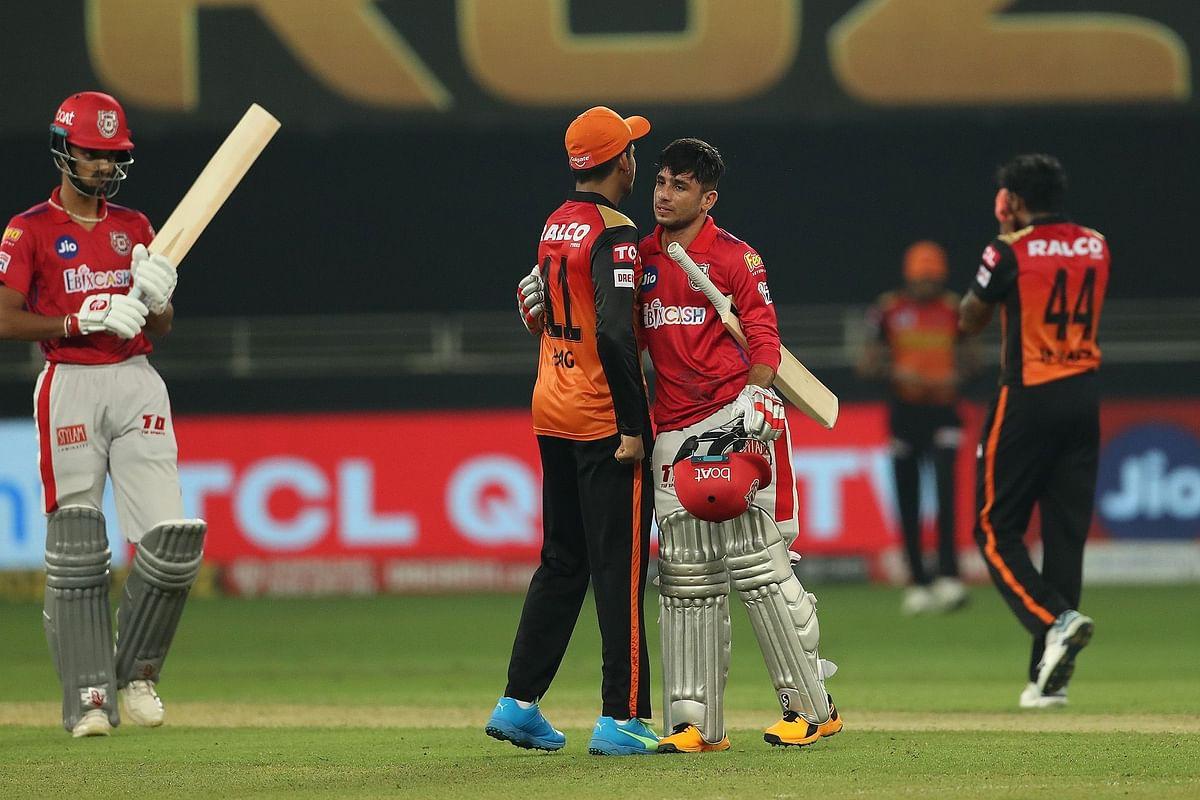 IPL 2020 KXIP vs SRH: प्लेऑफ में पहुंचने की उम्मीद के साथ एक दूसरे से भिड़ेंगे पंजाब और हैदराबाद
