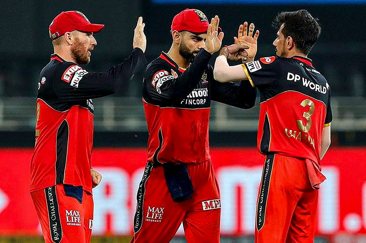 IPL 2020, MI vs RCB, Live Score : सूर्यकुमार यादव की तूफानी पारी, आरसीबी को हराकर मुंबई इंडियंस प्लेऑफ में