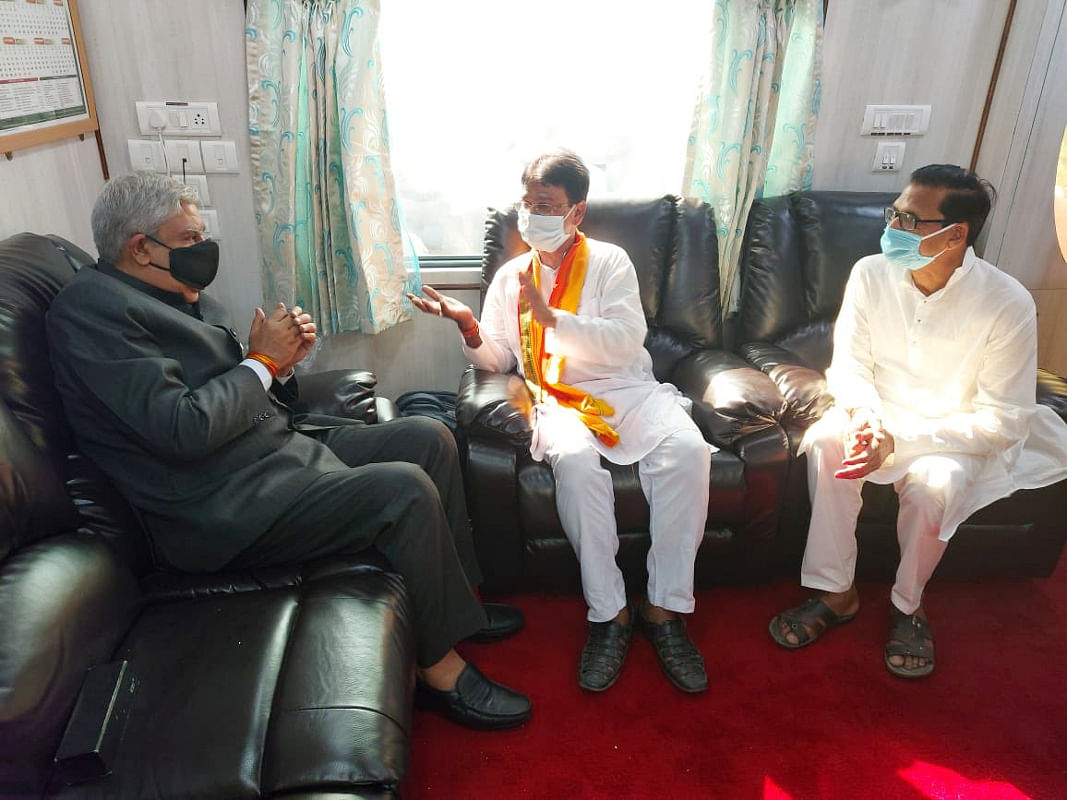 West Bengal News: राज्यपाल जगदीप धनखड़ की एक महीने की दार्जीलिंग यात्रा से घबरायी तृणमूल कांग्रेस!