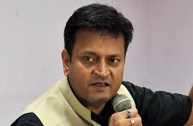तेजस्वी यादव ने नीतीश सरकार पर किया अटैक तो भड़के JDU नेता अजय आलोक, कहा- 'दुर्योधन की तरह ज्ञान न बांटे'