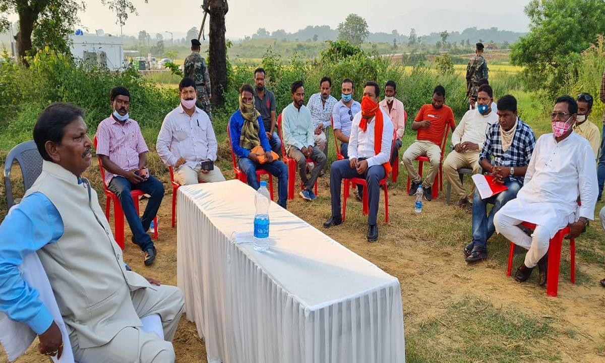 खरसावां- कुचाई बनेगा तसर व हल्दी जोन, किसानों के उत्पाद को देश-विदेश के बाजारों में पहुंचायेगी ट्राइब्स इंडिया