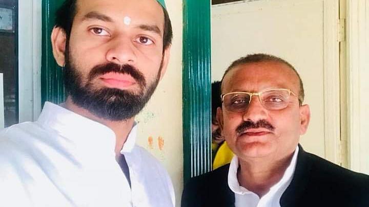 Lalu Prasad Yadav की पार्टी में बगावत ! Tej Pratap के इस करीबी नेता ने RJD उम्मीदवार के खिलाफ भरा पर्चा