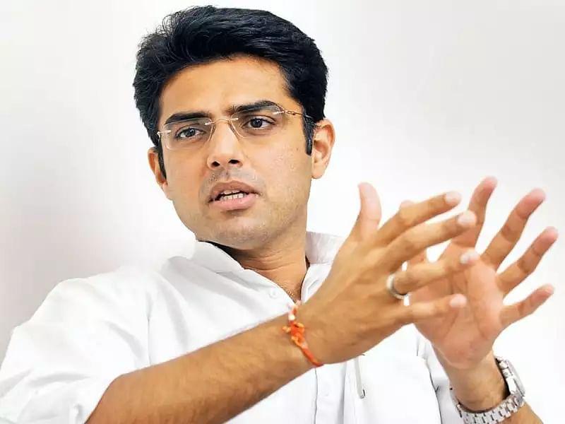 Madhya Pradesh by Election 2020 : सिंधिया को कांग्रेस द्वारा गद्दार कहने के मामले पर सचिन की सफाई, हर कोई अपनी पार्टी चुनने के लिए स्वतंत्र