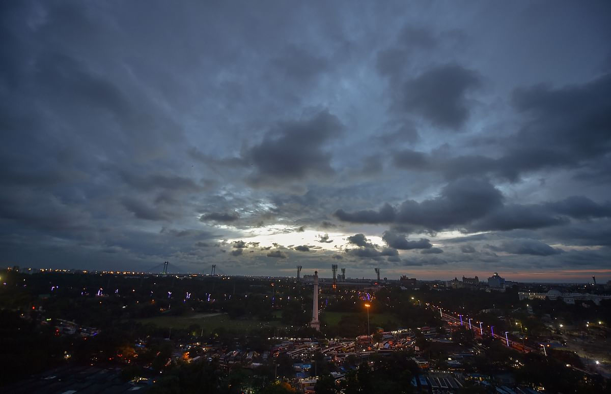 Weather Forecast Today LIVE Updates : कुछ दिनों में ठंड की होगी एंट्री, दिल्ली की वायु गुणवत्ता 'बेहद खराब', जानें बिहार-झारखंड-यूपी सहित अन्य राज्यों के मौसम का हाल