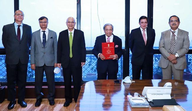 15वें वित्त आयोग के अध्यक्ष एनके सिंह 9 नवंबर को सौंपेंगे राष्ट्रपति को रिपोर्ट