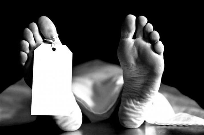 दो दिनों के दौरान बेतिया में जहरीली शराब से 16 की मौत, केस दर्ज, दो गिरफ्तार, चौकीदार सस्पेंड