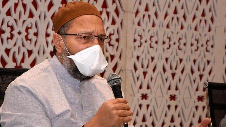 'बंगाल में ग्राउंड पर लोकतंत्र नहीं'- मटियाबुर्ज में रैली रद्द होने के बाद ममता सरकार पर जमकर बरसे AIMIM प्रमुख असदुद्दीन ओवैसी