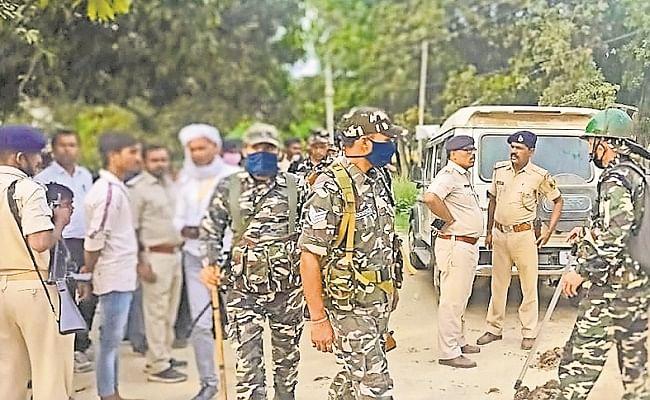 Bihar Election 2020 : चुनावी रंजिश को लेकर भिड़े कांग्रेस व जदयू के कार्यकर्ता, चार घायल, इलाके में तनाव
