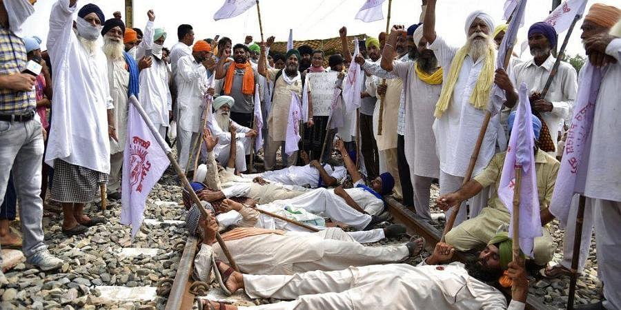 कृषि कानूनों का विरोध कर रहे पंजाब के किसानों से केंद्र 3 दिसंबर को करेगी बातचीत