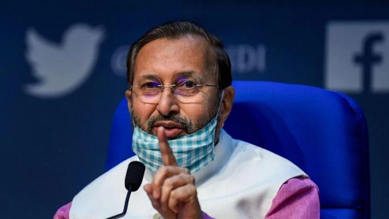 राहुल पर बरसे जावड़ेकर, कहा- राहुल को कांग्रेस शासित राज्यों में महिलाओं के साथ हुआ अन्याय नहीं दिखता है