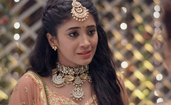 Yeh Rishta Kya Kehlata Hai Spoiler Alert : कृष्णा से हुई बड़ी गलती, दादी ने नायरा को सुनाया फैसला