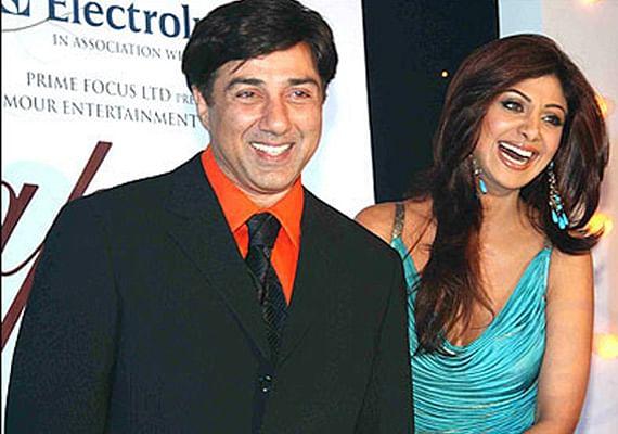 शिल्पा शेट्टी और सनी देयोल ने हिमाचल में डाला डेरा, शूटिंग के साथ इसका भी लुत्फ उठा रही एक्ट्रेस