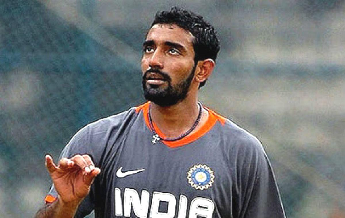 IPL 2020: उथप्पा ने मैच के दौरान गेंद पर लगाया स्लाइवा, सोशल मीडिया पर वीडियो वायरल
