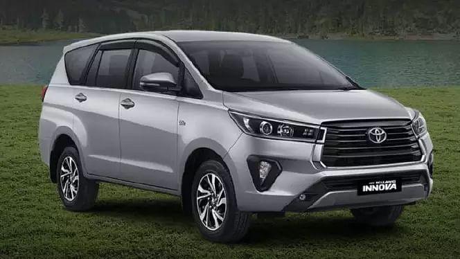 Toyota Innova Crysta Facelift लॉन्च, नये वेरिएंट में जानें क्या कुछ बदला