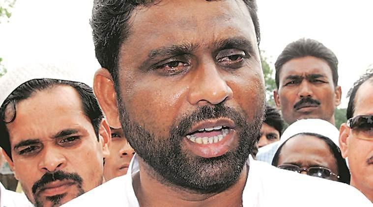 ओवैसी के विधायक ने हिंदुस्तान के नाम पर शपथ लेने से किया इनकार, भाजपा विधायक ने दी पाकिस्तान जाने की सलाह