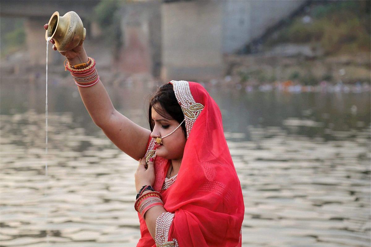 Chhath 2020: दिवाली के छह दिन बाद आस्था का महापर्व छठ, यहां पढ़िए सूर्य देव की आराधना कब करें?