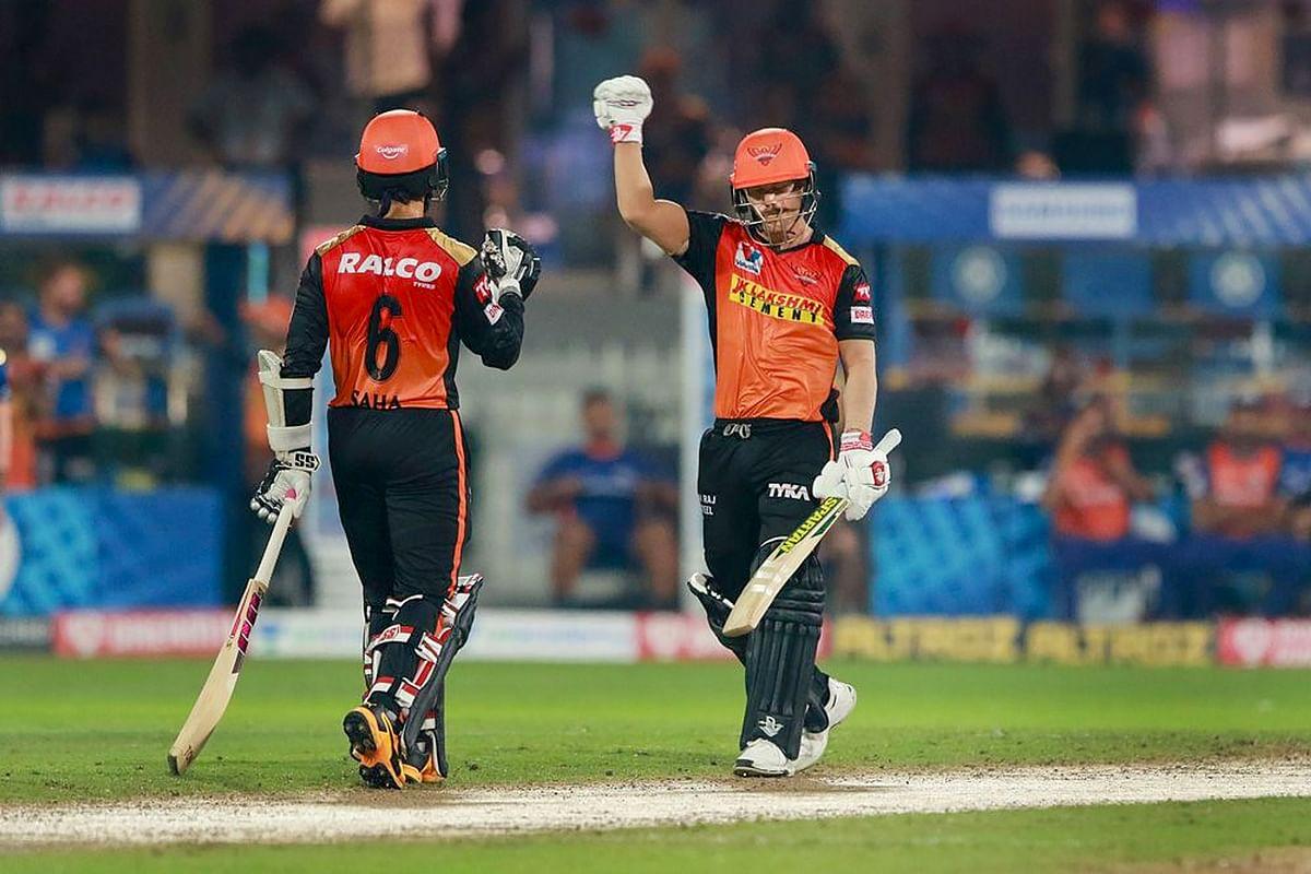 IPL 2020 : वॉर्नर-साहा और गेंदबाजों ने सनराइजर्स को प्लेऑफ में पहुंचाया, केकेआर बाहर