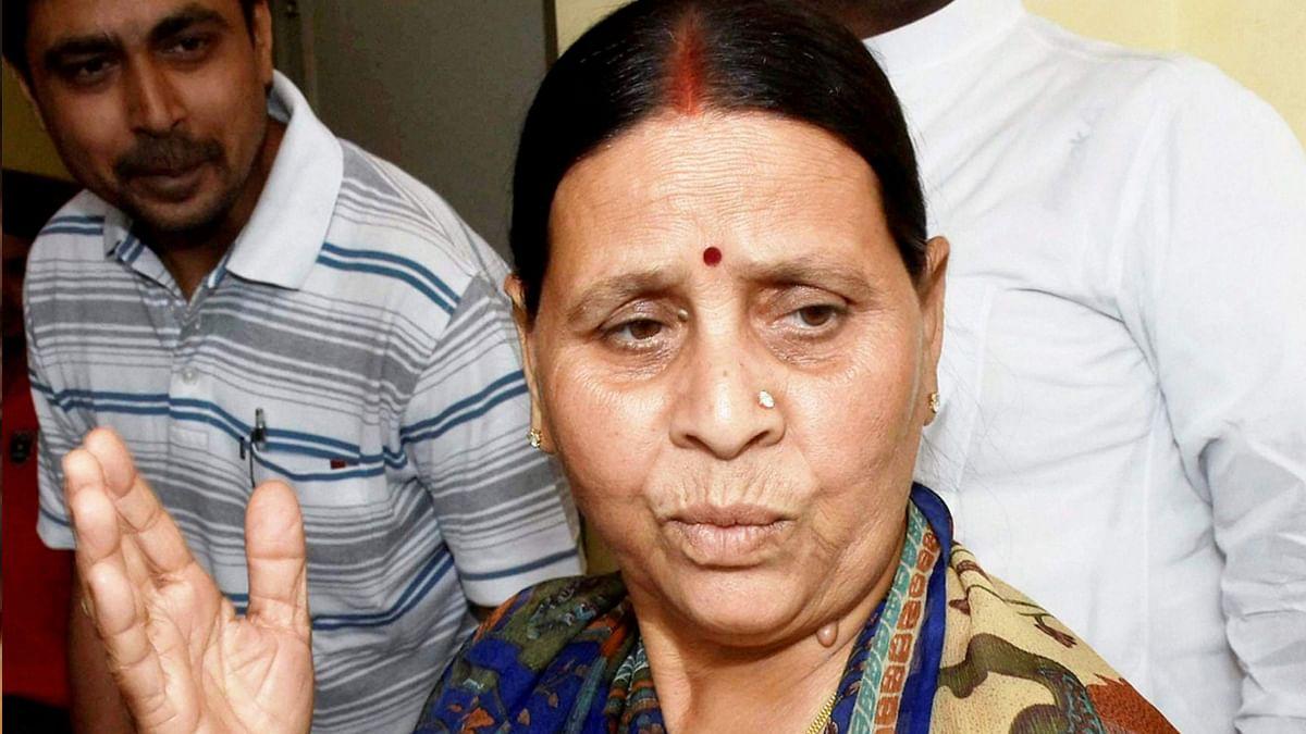 तेजस्वी पर नीतीश कुमार के तीखे तेवर देख राबड़ी देवी ने याद दिलाया 'लालू के साथ वाला सियासी सफर'