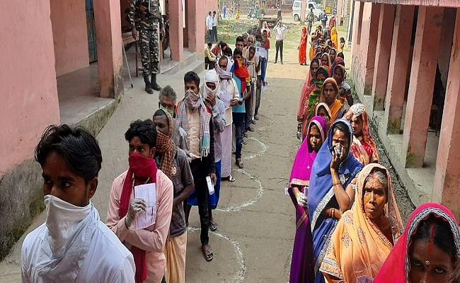 पांच राज्यों के चुनाव में वोटरों को मिलेंगी ये सुविधाएं तो उम्मदवारों के लिए होंगे ये नियम, जानें चुनाव से जुड़ी पूरी गाइलाइन