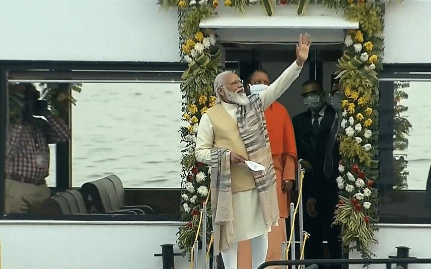 Dev Deepawali in Varanasi Live: काशी विश्वनाथ कॉरिडोर पहुंचे पीएम मोदी, कुछ देर में देव दीपावली पर दिखेगा अद्भुत नजारा