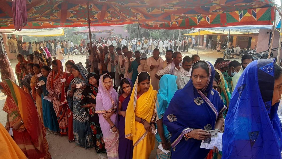 यूपी पंचायत चुनावः पहले चरण में मारपीट-फायरिंग के बीच मतपेटियां भी लूटी गईं, 64 फीसदी मतदाताओं ने डाला वोट