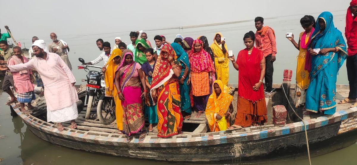 बिहार के बाढ़ प्रभावित इलाकों में कैसे होगा मुखिया और सरपंच का चुनाव? EC ने दिया बूथ सर्वे का निर्देश