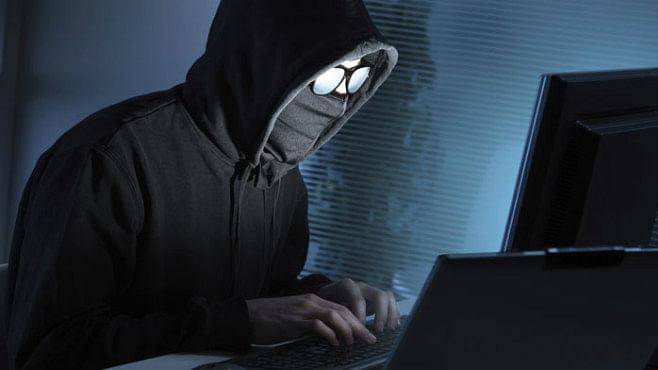 Cyber Crime In Jamtara : जामताड़ा से छह साइबर ठग गिरफ्तार, ऐसे बनाते थे लोगों को अपना शिकार