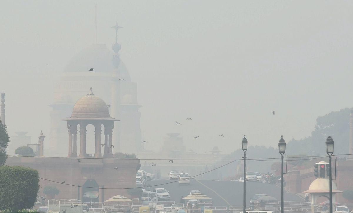 दिल्ली में 'सांस लेना मना है', AQI 'खराब श्रेणी' में बरकरार, 48 घंटे तक ही राहत के आसार